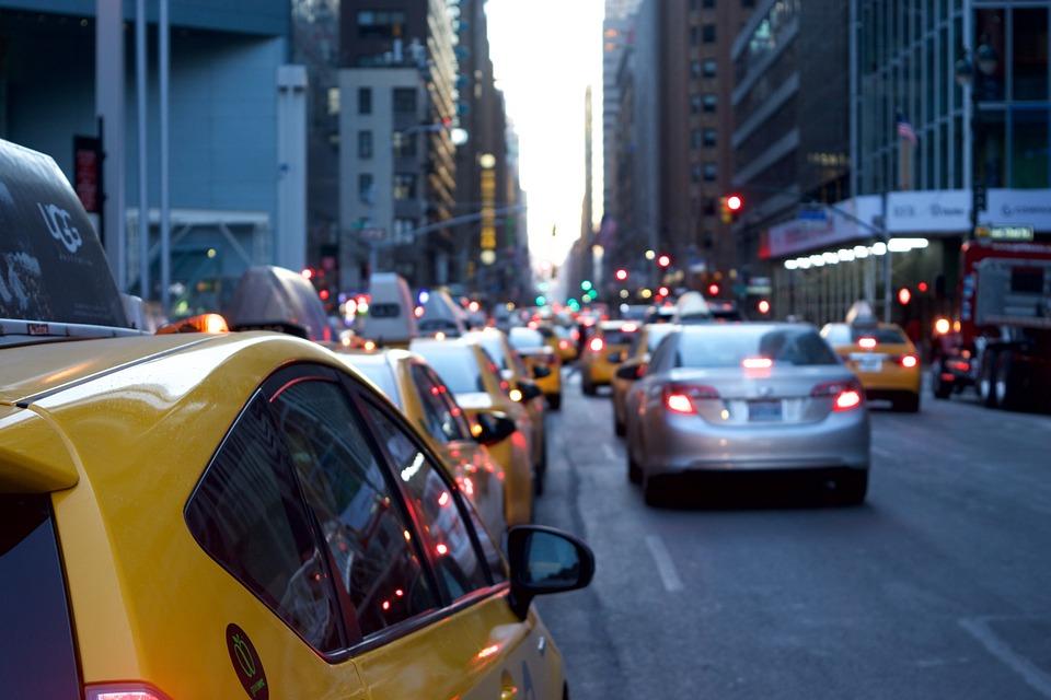 Pourquoi le taxi reste-t-il encore un moyen de transport apprécié ?